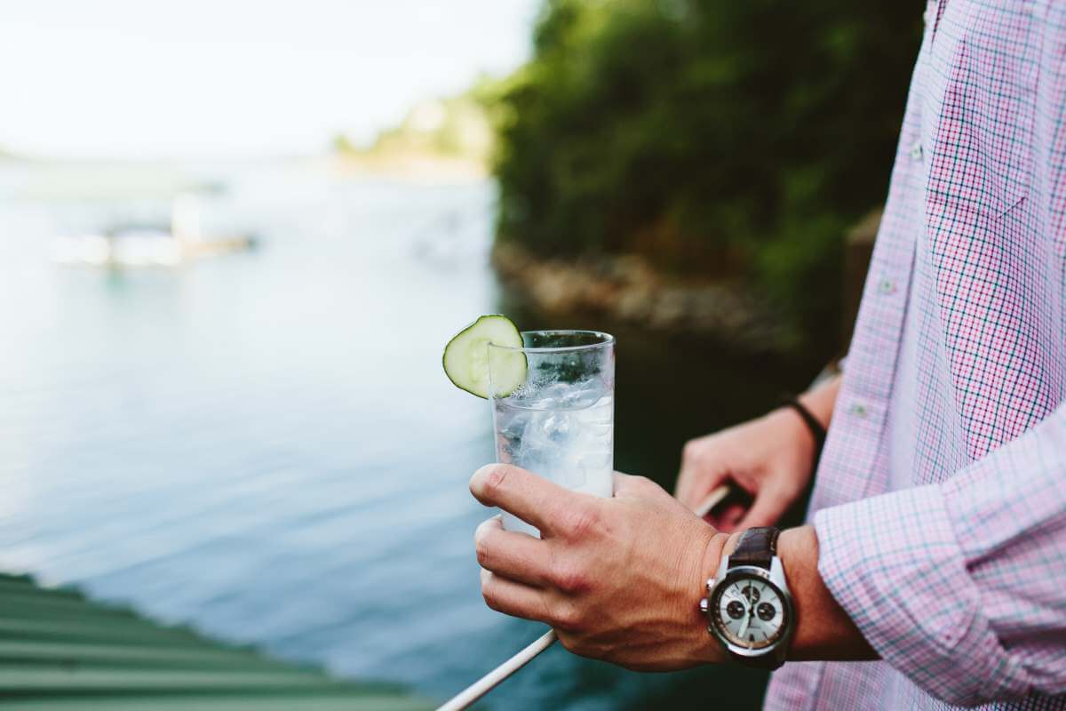 This Spiked Lemonade Cocktail is perfect for the lake!